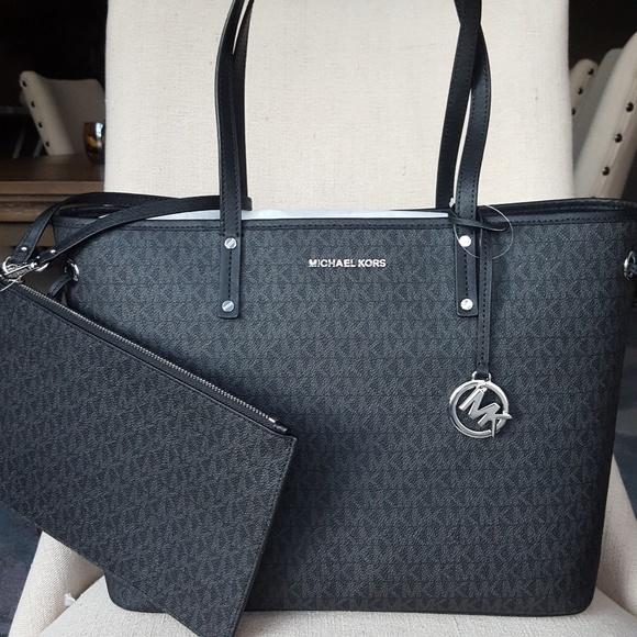 ebcbb6677a24f NWT Michael Kors drawstring tote black bag purse